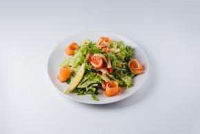 salat z lososem